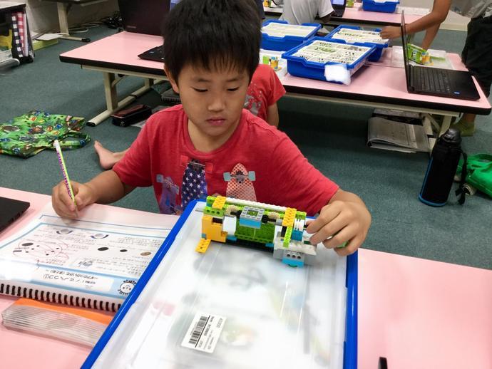 Kicksアピタ緑第1教室『自動ドアを作ろう』