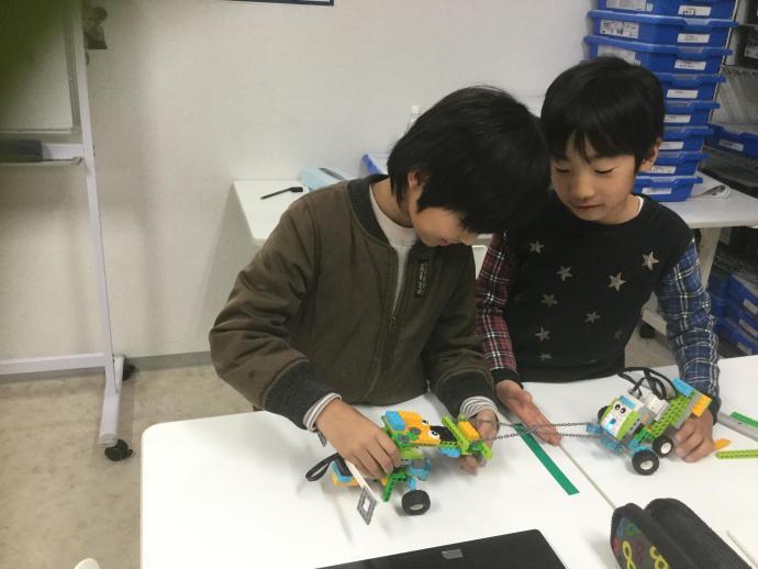 アピタ静岡教室 プルロボットをつくろう②